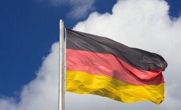 Spiegošanas skandāls kļūst par Vācijas priekšvēlēšanu kampaņas jautājumu