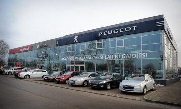 'Forum Auto' oficiāli atklājis jauno auto salonu
