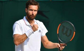 Gulbis pirmo reizi trīs gadu laikā sasniedz ATP turnīra pusfinālu