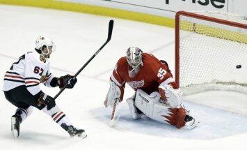 'Blackhawks' panāk septīto spēli NHL Austrumu konferences pusfinālā