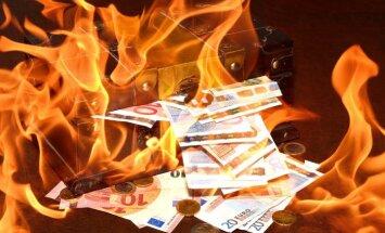 Проблемный год для латвийских банков: иностранцы могут вывести 4,6 млрд евро