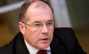 Mamikins lūdz EK pārbaudīt Latvijas 'melnā saraksta' izveides atbilstību starptautiskajiem standartiem