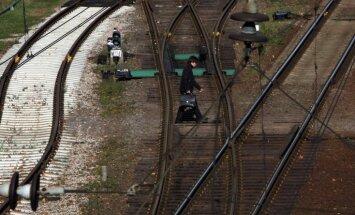 Россия запустила грузовые поезда в обход Украины