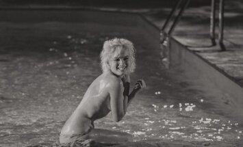 Noslēpums aiz Merilinas Monro kailfoto baseinā