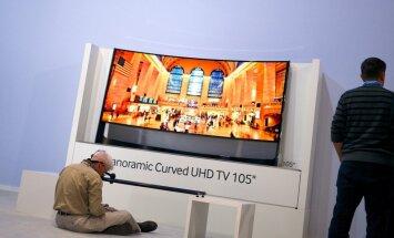 Izliekto un 3D televizoru gals – eksperti paredz atgriešanos pie plakanekrāna TV