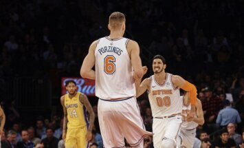 Video: Porziņģis ar diviem bloķētiem metieniem iekļūst NBA dienas TOP 10