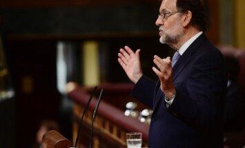 Spānijas parlaments liedz uzticību Rahojam