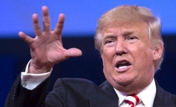 Tramps ir pēdējo desmitgažu nepopulārākais ASV jaunais prezidents, secināts aptaujā