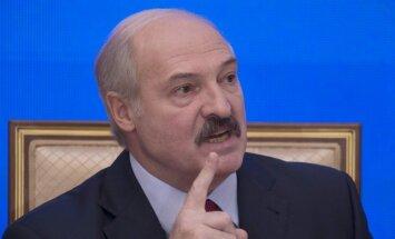 Лукашенко устроил разнос хоккейным чиновникам и хочет заполучить новый ЧМ