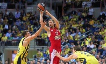 Strēlniekam svarīga loma 'Olympiacos' uzvarā pār 'Fenerbahce'