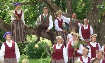 Gadsimta garākā līgodziesma kopā ar Jēkabpils novada jaukto kori 'Putni'