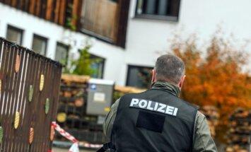 Vācijā labējais radikālis sašāvis četrus policistus