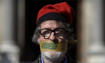 Pēc neveiksmīgajiem neatkarības centieniem katalāņi sāk meklēt vainīgos