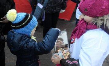 Labdarības akcijā 'Eņģeļi pār Latviju' saziedo 177 193, 61 eiro