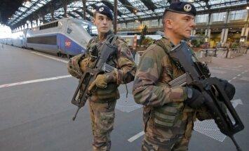 Ziemassvētku laikā Francijā par drošību gādās 91 000 policistu un karavīru
