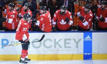 Kanādas izlase Pasaules kausa pirmajā finālspēlē pieveic Eiropu