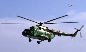 """Латвия купит два вертолета для охраны границ и борьбы с """"зелеными человечками"""""""
