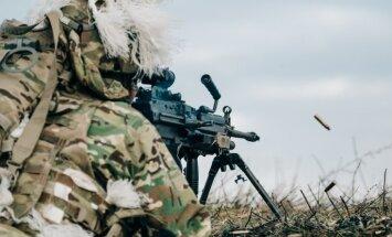 ASV Īpašo operāciju karavīri pilnveido Latvijas armijas prasmes