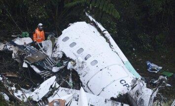 Pilots pirms aviokatastrofas Kolumbijā ziņojis par degvielas beigšanos