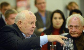 Горбачев просит Путина и Обаму помочь Украине