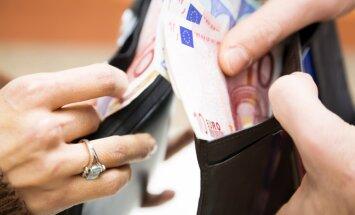 LTAB aicina brokerus OCTA cenām uzrādīt starpnieku komisijas apmēru