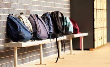 Laba mugursoma un ērta darba vieta skolēnam – svarīgas lietas, kas paveicamas pirms 1. septembra