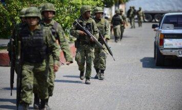 Meksikas policijas un narkomafijas sadursmēs nogalināti 22 cilvēki
