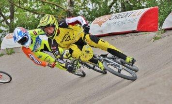 Glāzeram pirmais triumfs junioru grupā UEC Eiropas BMX kausa noslēguma posmā