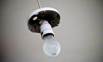 Dārgā elektrība: Valsts policija sāk kriminālprocesu par liela apjoma krāpniecību