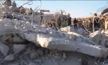 Video: Drupu kaudze pēc ASV uzlidojuma islāmistiem Sīrijā