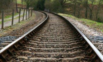 Rīdzinieki asi iebilst pret 'Rail Baltica' projektā paredzēto pazemes tuneli Āgenskalnā