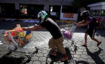 Nikaragvas prezidents aptur pensiju reformas, kas izraisīja nāvējošus protestus