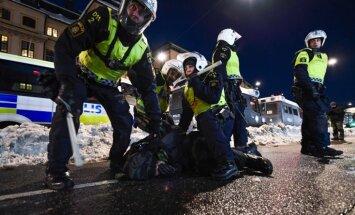Stokholmas priekšpilsētā izcēlušās nekārtības