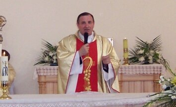 Rēzeknes – Aglonas bīskaps Bulis svin 25 gadus katoļu gana postenī