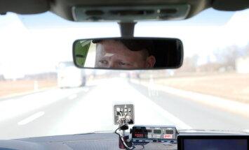 Полиция: лидеры по превышению скорости — водители BMW, Porsche и Ferrari