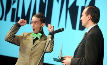 Foto: Sveic teātra balvas 'Spēlmaņu nakts' laureātus