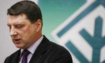 Vējonis bažīgs par Minskas līguma nosacījumu izpildi līdz gada beigām