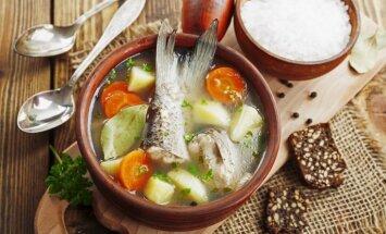 Soli pa solim: kā pagatavot uhu – krievu virtuves leģendāro zivju zupu