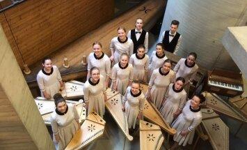 Kokle kā dzīvesveids: sarunu ciklā 'Laba Daba tuvojas' koklētāju ansamblis 'Balti'