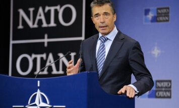 NATO pārtrauc sadarbību ar Krieviju, paziņo Rasmusens