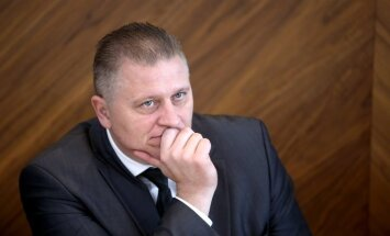 Bijušo 'LDz loģistikas' valdes priekšsēdētāju Lūsi Polijā tur aizdomās par 48 miljonu eiro nemaksāšanu