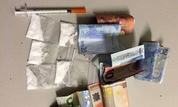 Policija no kāda vīrieša atsavina 3,28 gramus amfetamīna