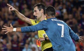 Ronaldu nopelna noraidījumu; 'Real' Spānijas Superkausa pirmajā mačā pieveic 'Barcelona'