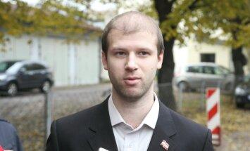 Čalovska advokāte ģenerālprokuroram sūdzas par Centrālcietuma amatpersonu