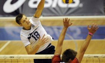 Volejbola federācija cer uz talantīgā spēlētāja Egleskalna iesaistīšanos pludmales volejbolā