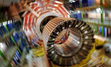 Lielais hadronu paātrinātājs atsāk darbu