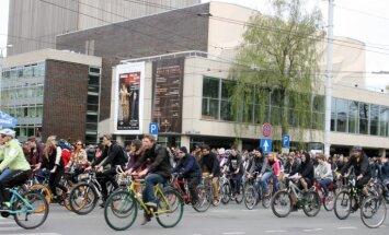 Rīgas veloceļus būvē kur ērtāk, nevis tur, kur vajadzīgs