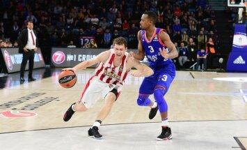 Strēlnieks palīdz 'Olympiakos' grūtā ULEB Eirolīgas mačā pieveikt 'Anadolu Efes'