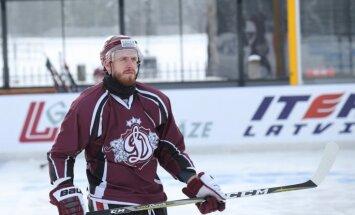 Arī Meija turpinās spēlēt Rīgas 'Dinamo'