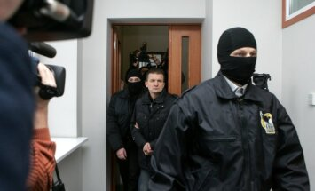 Valstij vienam no Vaškeviča spridzināšanā iesaistītajiem būs jāmaksā 3000 eiro kompensācija